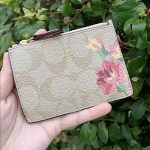 Coach ID Card Case In Lily Print Pink Multi NWT
